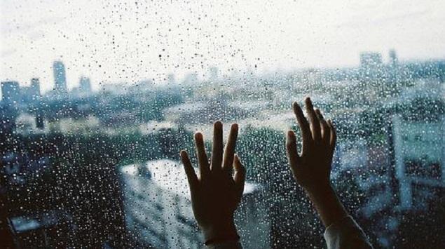 Musim Hujan Tiba, 5 Aplikasi Ini Wajib Ada di Smartphone-mu