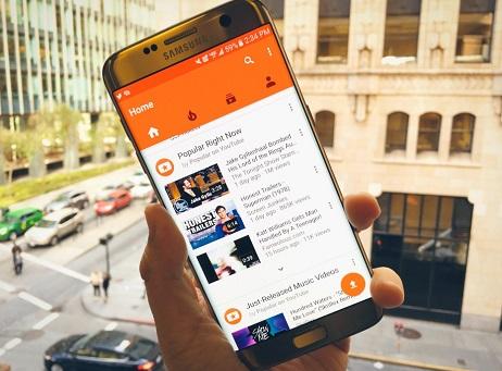 Contek Periscope, Google Garap YouTube Connect?