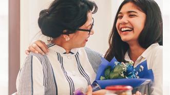Tak Perlu Repot, Cari Hadiah Istimewa di Hari Ibu dengan GO-MART
