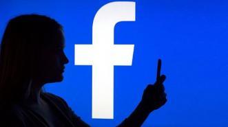 Merasa Sengsara? Mungkin Kamu Terlalu Sering Akses Facebook