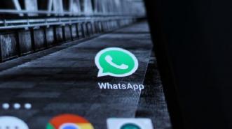 63 Milyar Ucapan 'Selamat Tahun Baru 2017' Dikirim via WhatsApp