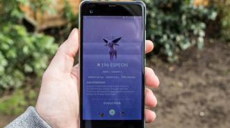 Evolusikan Eevee jadi Espeon atau Umbreon di Pokemon Go? Ini Triknya!