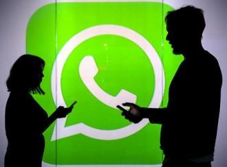 Inilah Cara Mengutip Percakapan di WhatsApp