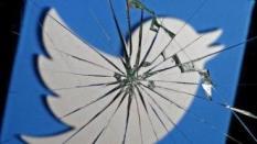 Begini Cara Tangani Perilaku Negatif di Media Sosial!