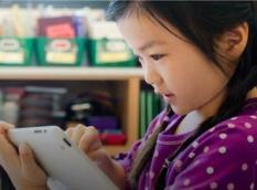 Tips Aman Perkenalkan Gadget kepada Anak
