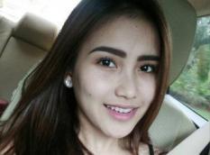 Penyanyi Dangdut ini Jajal Fitur Baru Instagram