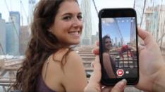Holo, Aplikasi Kamera AR yang Menyenangkan untuk Android & iOS